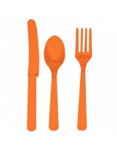 Cubiertos de plástico naranja
