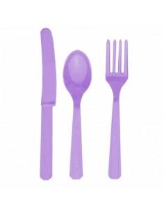 Cubiertos de plástico lila