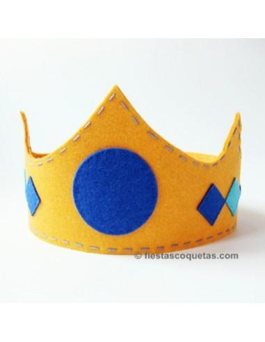 Corona rey de fieltro