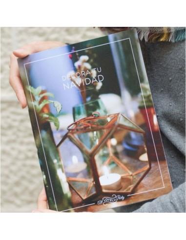 """Revista """"Decora tu Navidad"""" en papel de All Lovely Party"""