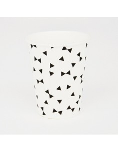 Vasos de papel pajaritas negras