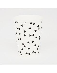 Vasos de papel pajaritas negras