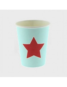 Vasos de papel azul con estrella roja
