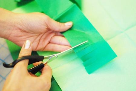 Tutorial pi ata rbol de navidad fiestas coquetas blog - Como hacer un arbol de papel grande ...