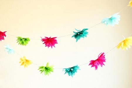 DIY guirnlada de flores de papel