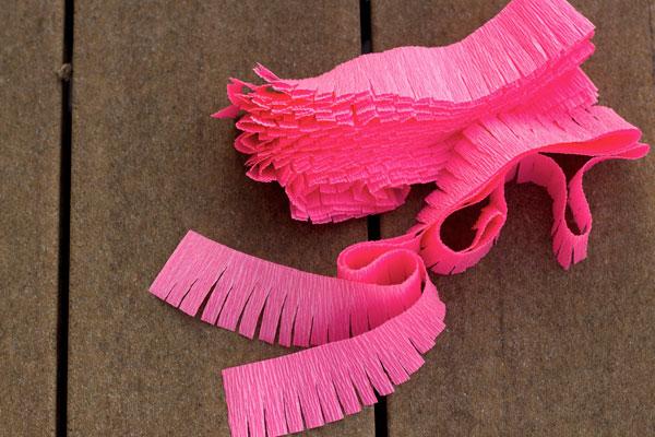 Flamingo-Pinata-DIY