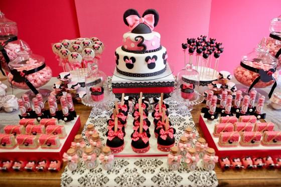 Mesa dulce primer cumpleaños de Minnie Mouse