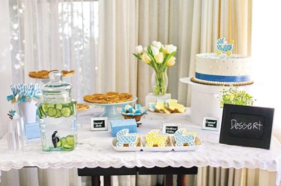 blue-white-dessert-table