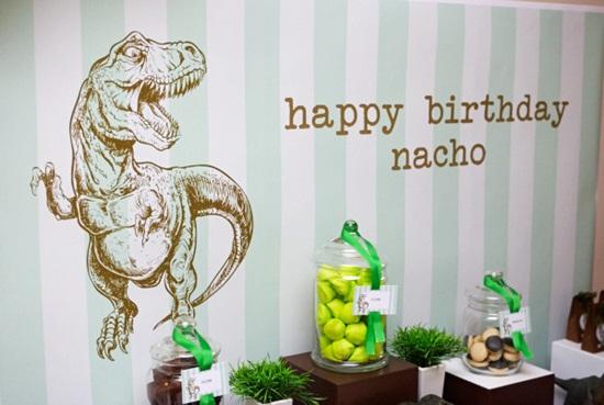 fiesta infantil de dinosaurios