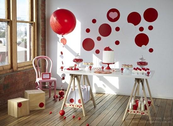 Detalles de decoraci n para san valet n fiestas coquetas for Decoracion para pared san valentin