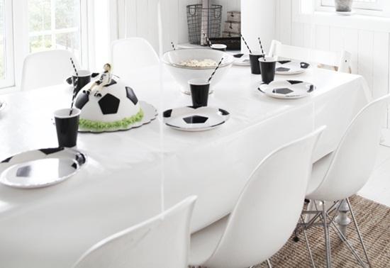 Decoraci n de la mesa de comuni n f tbol fiestas - Decoracion de mesa para comunion ...