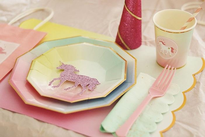 Ideas originales para decorar tu fiesta de cumplea os de for Como decorar una torta facil y rapido