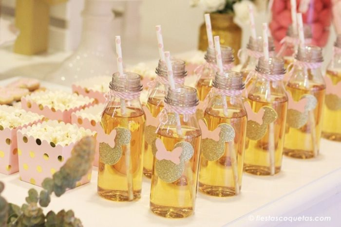 Botellines de plástico decorados con la minnie mouse