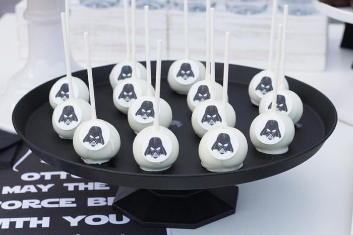 Pop cakes star wars