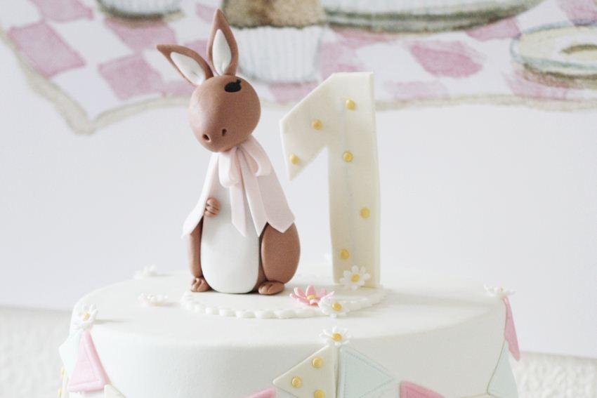 conejo-de-pascua-tarta-fondant-primer-cumpleaños