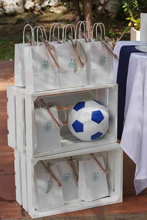 detalle-comunion-futbol-nino