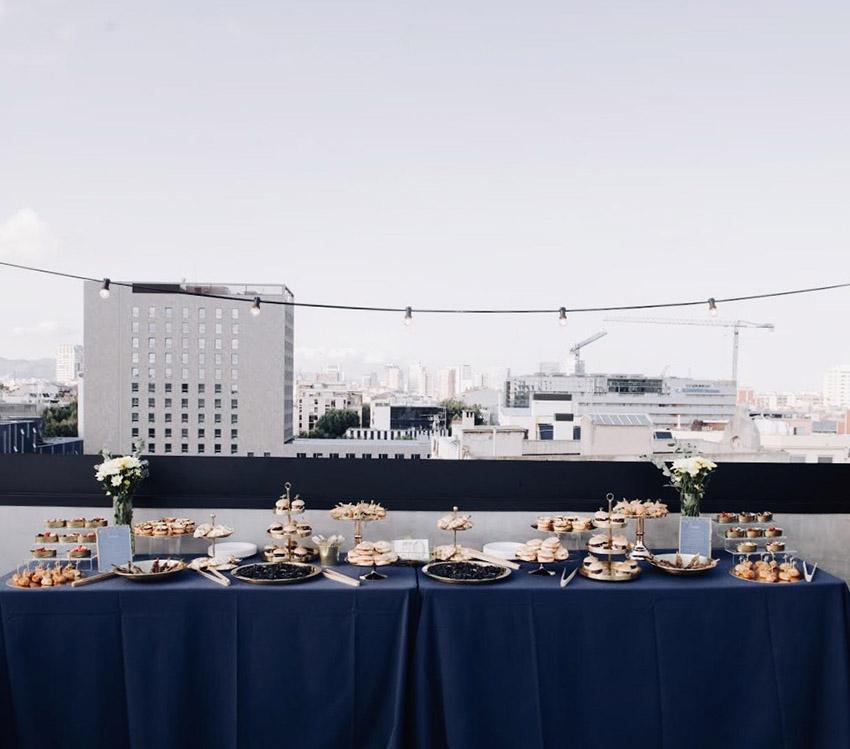 fiesta-50-hombre-terraza-vistas