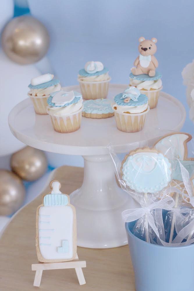 bautizo-azul-blanco-niño