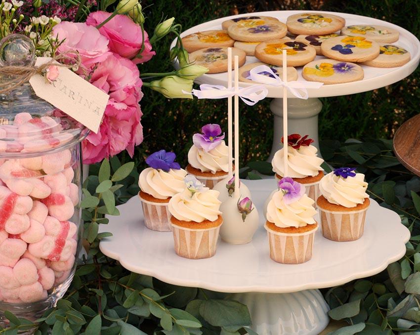 detalle-mesa-dulce-flores-rustica-jardin