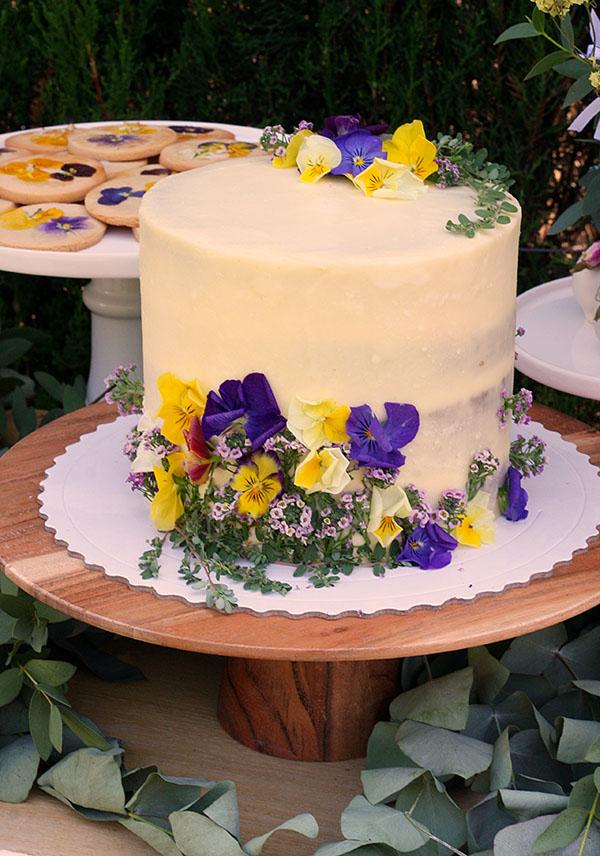 tarta-flores-rustica-jardin