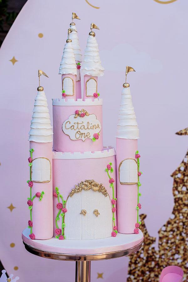 tarta-castillo-fiesta-de princesas-en-casa